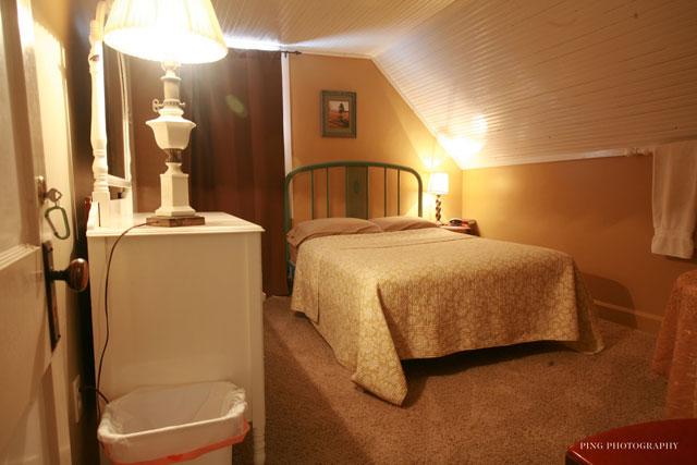 Ridges Beach <br />Room